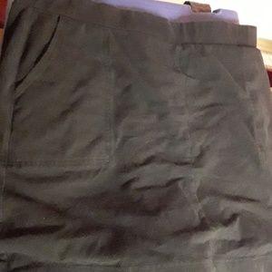 Lg Black skirt